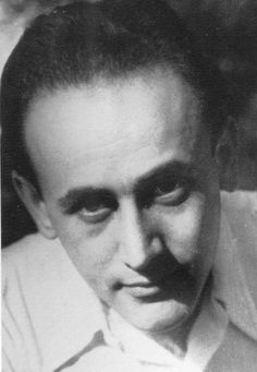 Paul Celan Romanian-born German language poet and translator. Paul Celan, Rare Images, Writers And Poets, Playwright, German Language, Mists, Selfies, Face, Heart Beat