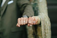 Find images and videos about love, couple and marriage on We Heart It - the app to get lost in what you love. Bridal Poses, Wedding Poses, Wedding Photoshoot, Wedding Couples, Wedding Engagement, Wedding Couple Poses Photography, Indian Wedding Photography, Engagement Photography, Cute Muslim Couples