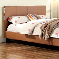 Queen Bed Evans Collection CM7099Q