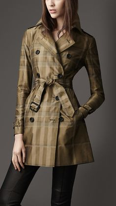 Woven cotton blend check trench coat with set-in sleeves