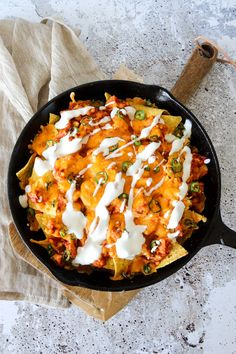 Chilaquiles – Nachos Med Kylling, Salsa, Ost Og Jalapeños – One Kitchen – A Thousand Ideas