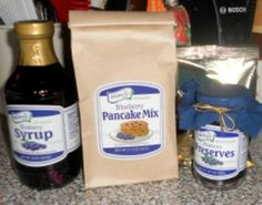 Blueberry Pancake Mix,  Blueberry Syrup and Blueberry Preserves from The Blueberry Store #sponsored review
