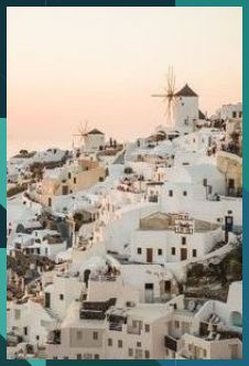 The 5 Best Photo Locations In Santorini, Greece Vancouver Hiking, Luxury Travel, Beautiful Places To Travel, Best Hikes, Travel Aesthetic, Photo Location, Travel Couple, Hawaii Travel, Italy Travel