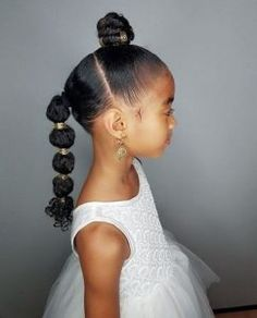 From cute pigtails to buns & twist braids, there's so much variety when it comes to kids hairstyles. Try these cute little black girl hairstyles for your girl! New Natural Hairstyles, Black Kids Hairstyles, Little Girl Hairstyles, Braided Hairstyles, Toddler Hairstyles, Teenage Hairstyles, Amazing Hairstyles, Girl Haircuts, School Hairstyles