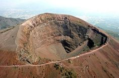 The Mouth of the Volcano    mount vesuvius....I've walked that path!!!!!
