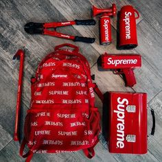 Esztelenség: 5 millióért kínálják a Supreme ritkaságát Souliers Nike, Hypebeast Room, Supreme Bape, Supreme Hypebeast, Supreme Lv, Supreme Backpack, Supreme Clothing, Supreme Accessories, Supreme Wallpaper