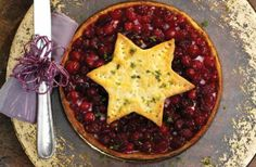 Christmas cranberry turkey pie This is a great way to use up any leftover turkey from Christmas dinner. This delicious pie recipe combines sweet, fresh cranberries and tender turkey pieces together, baked in a buttery pastry case an