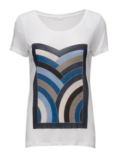 DAY - Rainbow Printed design on front Relaxed fit Scoop neckline Short sleeves Cool Classic Simple T-Shirt Rainbow Print, Print Design, Short Sleeves, Neckline, Blazer, Cool Stuff, Printed, Simple, Day