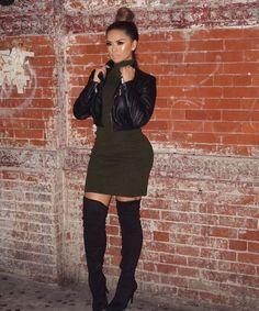 Dress: @hotmiamistyles Boots: @lolashoetique