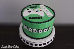 Wii & Xbox themed birthday cake
