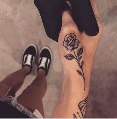 In der Nähe der linken Brust - Tattoo - Cute Hand Tattoos, Small Hand Tattoos, Hand Tattoos For Women, Pretty Tattoos, Finger Tattoos, Beautiful Tattoos, Rose Tattoo On Hand, Tattoo Hand, Dream Tattoos