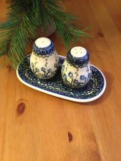 Polish Pottery Boleslawiec Blue Daisy Blue by SageandDeesVintage