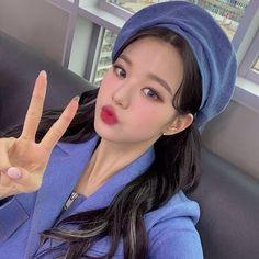 Kpop Girl Groups, Kpop Girls, I Love Girls, Cool Girl, Laperm, Cute Girl Poses, Woo Young, Uzzlang Girl, Japanese Girl Group