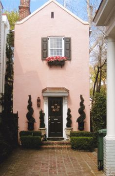 Little pink house, Charleston, SC