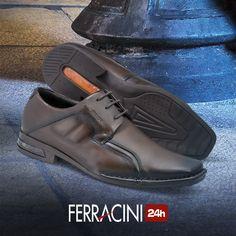 Os sapatos da linha Florença são forrados 100% em couro, para auxiliar na absorção da transpiração de seus pés durante o dia a dia.    #ferracini24h #shoes #cool #trend #brasil #manshoes