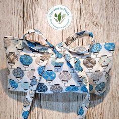 Pour toutes les formes de cadeaux, nos pochettes en tissu zéro déchet s'adaptent. Elles sont modulables, lavables et durables. Craft, Creations, Clutch Bags, Wrapping, Homemade, Gifts, Fabric, Creative Crafts, Do It Yourself