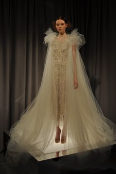 The Tulle Fetish Continues. Runway Fashion, Fashion Art, Fashion Outfits, Fashion Shoot, High Fashion, Marchesa Wedding Dress, Wedding Dresses, Dress Me Up, Dress For You