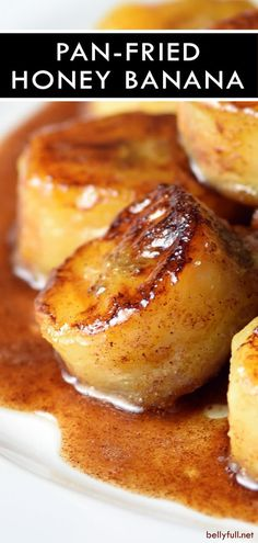Pan Fried Honey Bananas - - These Fried Bananas are the best guilt-free snack or dessert made in less than 10 minutes! You can never go wrong with butter, cinnamon, and sugar. Fried Honey Bananas, Caramelized Bananas, Honey Cinnamon Bananas, Banana Dessert Recipes, Fun Desserts, Fried Banana Recipes, Desserts With Honey, Desserts With Bananas, Banana Snacks