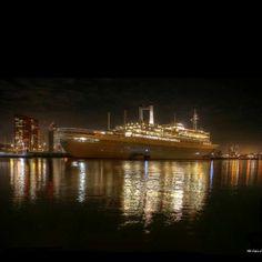 SS Rotterdam by night Photo @michelk010