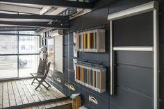 Een kijkje in onze showroom met diverse buitenleven producten. Daarnaast hebben wij ook raamdecoratie, vloeren en hekwerk. Wij nodigen u dan ook graag uit! http://www.topdealplaza.nl/showroom/