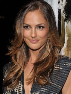 Minka Kelly ~ Minka's long, wavy layers are fit for a Charlie's Angel. Get the look using a large barrel curling iron and letting hair cool for 10 minutes before brushing through. ~
