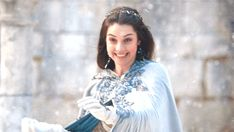 long may she reign Aesthetic Gif, White Aesthetic, Aesthetic Photo, Queen Mary Reign, Mary Queen Of Scots, Adelaide Kane Gif, Cora Hale, Black And White Gif, Narnia