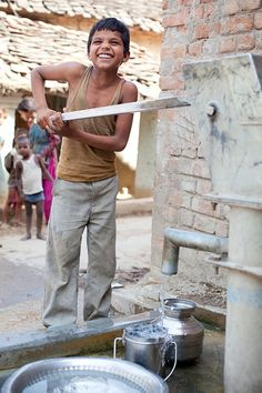 Clean drinking water in Budhaura, India.