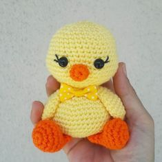 Diy Crafts - Chick,Tutorial-Amigurumi Chick TutorialAmigurumiYou can create a different quality in your homes, offices or living quarters Crochet Bird Patterns, Crochet Birds, Amigurumi Patterns, Amigurumi Doll, Crochet Dolls, Diy Crochet And Knitting, Cute Crochet, Mesh Ribbon Wreaths, Chicken Pattern