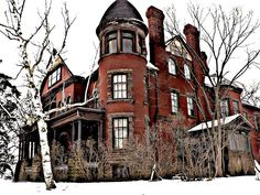 """Fairbank Estate """"Sunnyside Mansion"""" Cica Petrolia Ontario Canada Another view of the home, after the fire. Old Mansions, Abandoned Mansions, Abandoned Places, Abandoned Buildings, Most Haunted Places, Victorian Homes, Vintage Homes, Architecture Old, Beautiful Dream"""