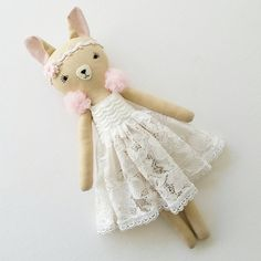 "217 Me gusta, 7 comentarios - Jo Molony - Perth Australia (@deerdarlingdolls) en Instagram: ""This is the 12 inch giveaway doll that our winner @brittneybietz chose for me to make her. I made…"""