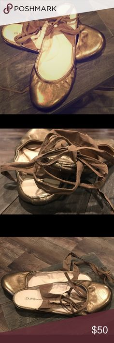 Pure DKNY Ballerina Metallic DKNY ballerina flat that ties around the ankle. DKNY Shoes Flats & Loafers