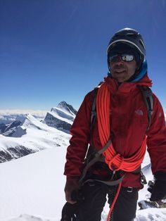 Martin Elorza Alday is a local mountain tour guide in countries France, Spain, Switzerland, Italy : Private Guide