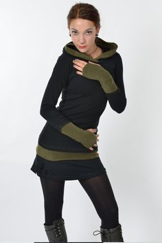 Minikleider - 3Elfen Hoodie grüne Stulpen + Shorty Rock WaldElfe - ein Designerstück von 3Elfen bei DaWanda