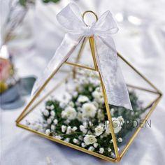 Copper Vertebral Metal Glass Geometric Terrarium Tabletop Succulent Planter Box Pot Fern Moss 5.9 inches x 5.9 inches x 7.87 inches Gold