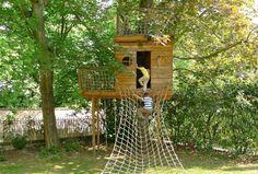 cabane en bois dans les arbres - Recherche Google