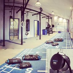 designs spaces using our #fitnessequipment and supplement them with best in class auxiliary products to create your perfect #functionaltraining #gym! #revvll #aeroSling #blackPack