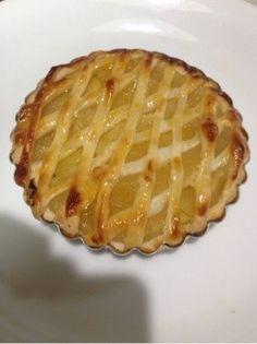らぽっぽ風⁈簡単ポテトアップルパイ! Copycat Recipes, Favorite Recipes, Desserts, Food, Meal, Deserts, Essen, Hoods, Dessert