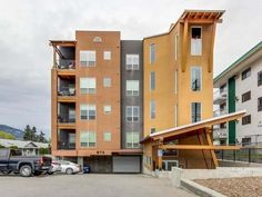 "Apartment Unit in Penticton - $435000.00 - # 105 873 FORESTBROOK DRIVE - MLS® #: 169403 - 2 Bedrooms / 2 Bathrooms / 1409 Sq Ft, Modern & bright corner condo in the ""Creekside"" on Forestbrook Drive. Toll Free: 1-800-734-0457 - DIRECT LINE: (250) 487-7000 - Here\'s the classic MILLION DOLLAR VIEW the South Okanagan is famous for. http://teamthompson.com/all-listings/"