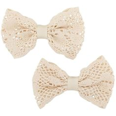Set of two cream crochet bow hair clips (125 RUB) ❤ liked on Polyvore featuring accessories, hair accessories, bows, fillers, hair, women's jewellery, hair bow accessories, crochet hair clips, hair clip accessories and barrette hair clip