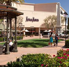 Newport Beach Shopping | Boardwalk Shops, Malls & Fashion Island