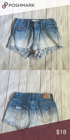 HOLLISTER OMBRE SHORTS | Good Condition | distressed at the bottom | size 0 | Hollister Shorts Jean Shorts
