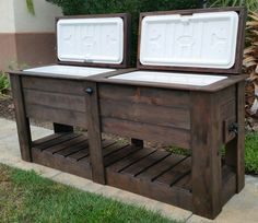 #woodworkingplans #woodworking #woodworkingprojects Pallet Rustic Custom Wood Coolers