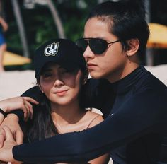 "Check out these ""kilig"" picture of KathNiel cooking together Couple Aesthetic, Aesthetic Pictures, Aesthetic Eyes, Filipino, Daniel Padilla, Couple Photoshoot Poses, Kathryn Bernardo, Beach Poses, Ford"