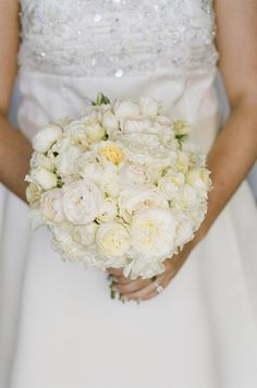 A lush Bridal Bouquet with Garden roses#winecountryweddings #sonomaweddings #napaweddings #bridalbouquet