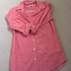 NWOT women's button down NWOT in pristine condition. I've eh ever wine this too. It's like a red chambray. Super cute from old navy. Like a Nantucket red Old Navy Tops Button Down Shirts