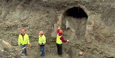 Dělníci našli u plzeňského vlakového nádraží protiletecké kryty. Podívejte se na video