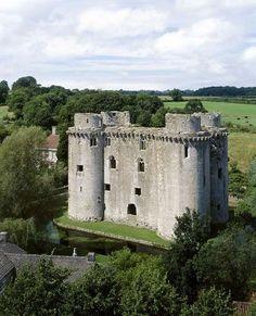 Nunney Castle | English Heritage
