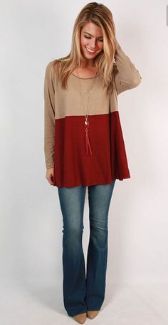 Cute tunic top and jeans. Stitch fix inspiration. Try stitch fix :) personal styling service! 1. Sign up with my referral link. (Just click pic) 2. Fill out style profile!Make sure to be specific in notes. 3. Schedule fix and Enjoy :) There's a $20 styling fee but will be put towards any purchase!