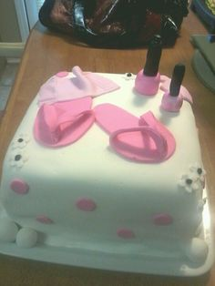 Spa cake - she likes the pedi shoes