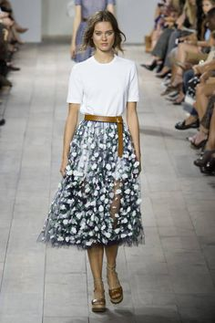 That skirt <3 Michael Kors Spring 2015 Ready-to-Wear - Michael Kors Ready-to-Wear Collection